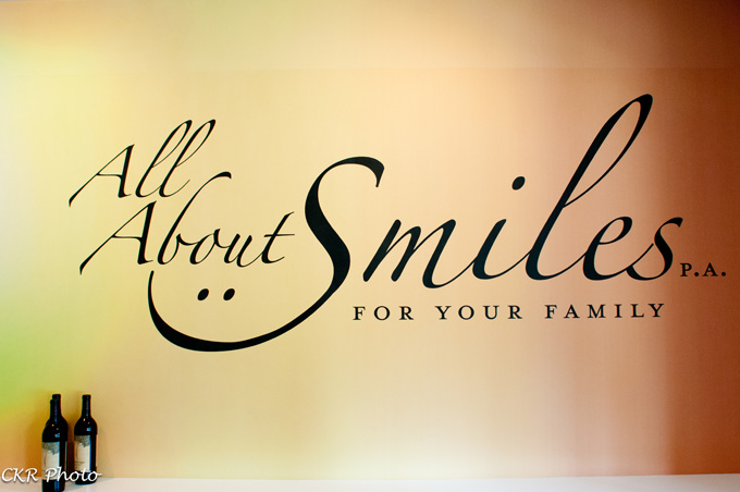 All About Smiles - Wall
